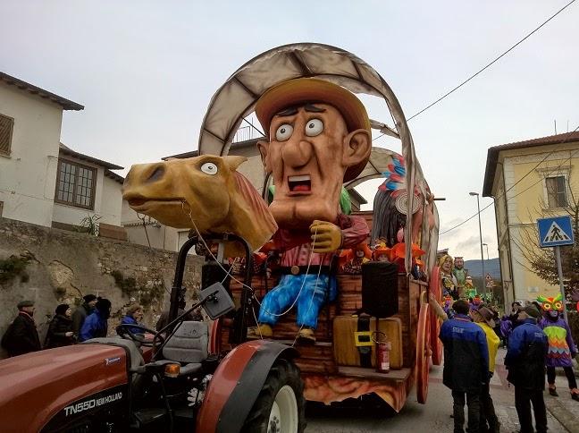 Sant'Eraclio:carnevale - sfilata 2015